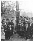 Public Execution by Hanging of Man, vertical view by unknown